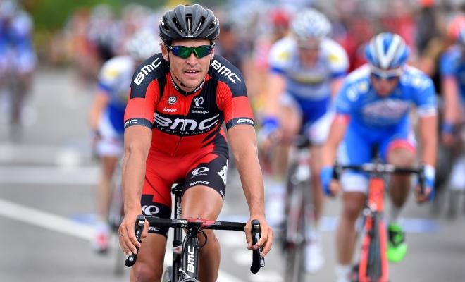Vijfde in chaotische sprint Milaan-Sanremo